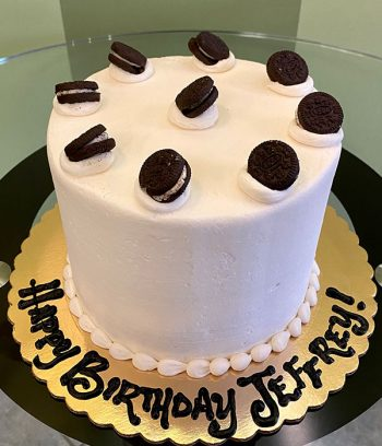 Cookies & Cream Layer Cake - Top