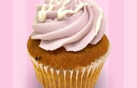 White Chocolate Blackberry Cupcake