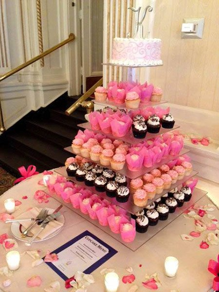 wedding cake bakeries in racine wi cupcake display rental cupcakes 21854
