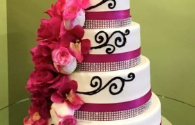 Bianca Wedding Cake