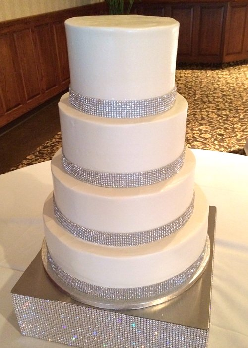 wedding cakes with crystals wedding cake cupcakes 26009