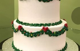 Christmas Wreath Tiered Cake