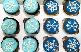 Snowflake Cupcakes - Shades of Blue