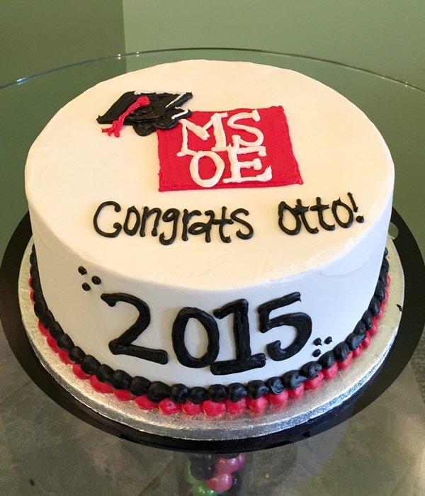 Graduation Layer Cake - Milwaukee School of Engineering