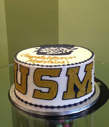 Graduation Layer Cake - USM