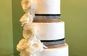 Ribbon Wedding Cake - White Flowers