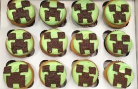 Minecraft Decorated Cupcakes