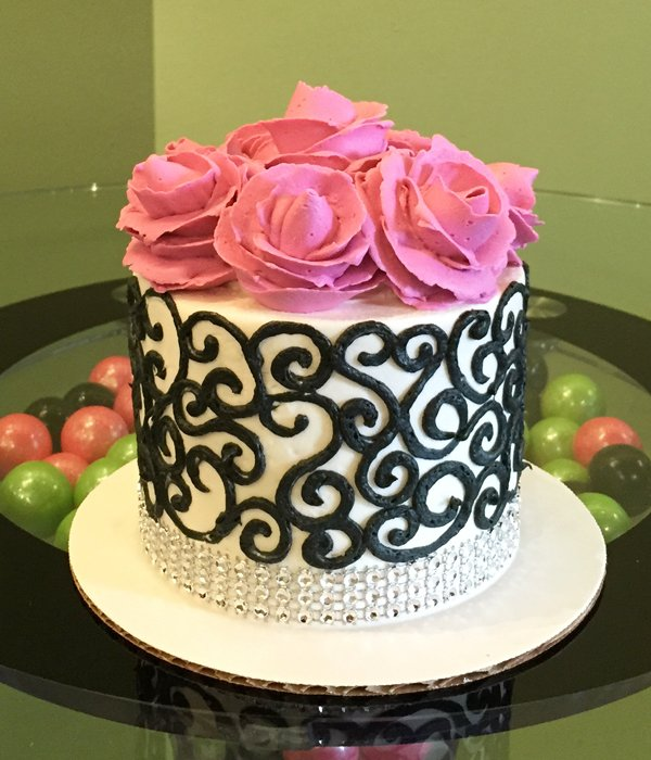 Grace Layer Cake - Black & Pink