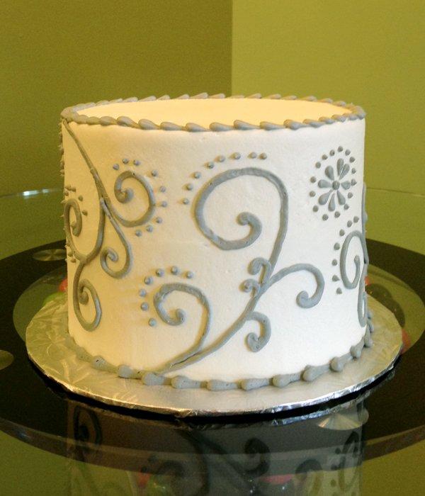 Scroll Dot Layer Cake - Grey