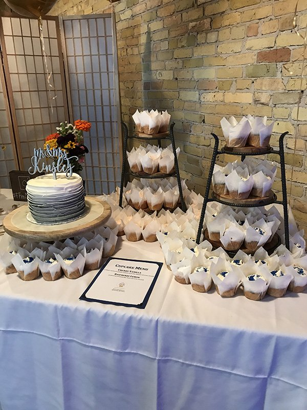 3 Milwaukee Wedding Cupcakes