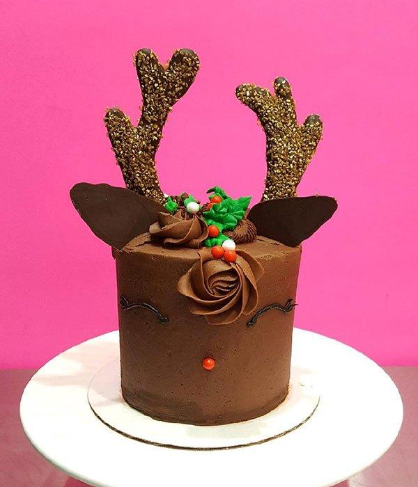 Reindeer Layer Cake Classy Girl Cupcakes