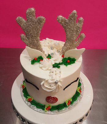 Reindeer Layer Cake - White - Top