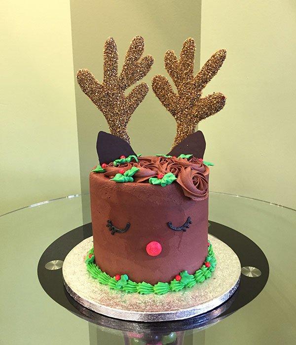 Reindeer Layer Cake - Brown