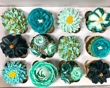 Assorted Flower Cupcakes - Teal