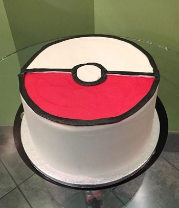 Pokémon Ball Layer Cake - Back