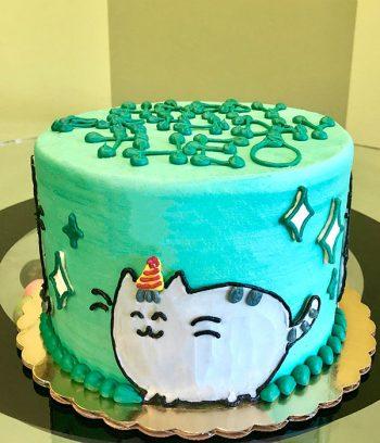 Pusheen Layer Cake - Side
