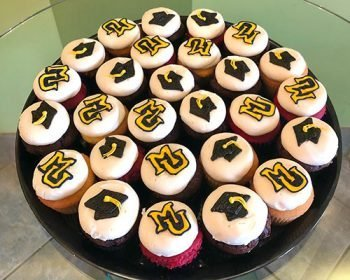 Decorated Cupcake Party Tray - Graduation Cap Marquette Logo