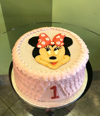 Minnie Mouse Ruffle Layer Cake - Top