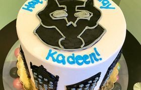 Black Panther Layer Cake - Top
