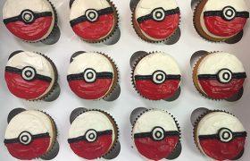 Pokémon Ball Cupcakes