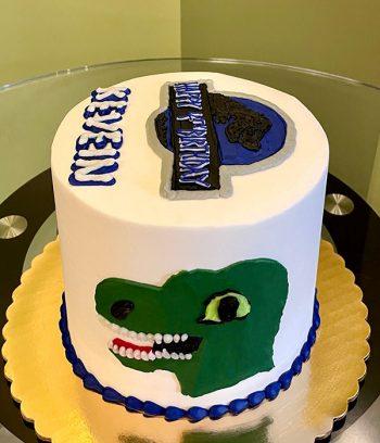 Jurassic Park Layer Cake - Side