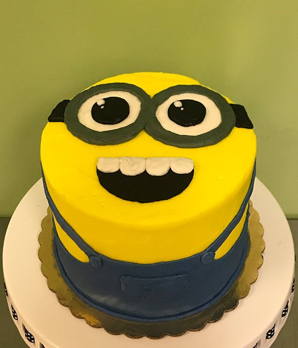 Minions Layer Cake - Top
