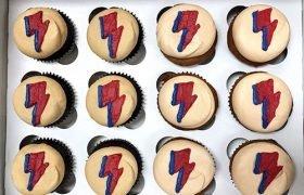 Lightning Bolt Cupcakes