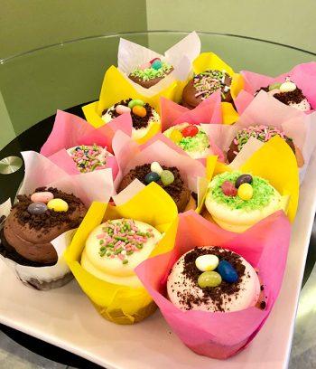 Easter Cupcake Baking Kit Cupcakes