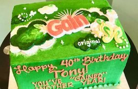 Gain Dryer Sheets Layer Cake - Top