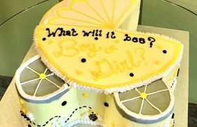Baby Carriage Bee Gender Reveal Layer Cake