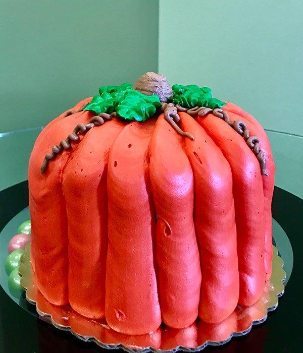 Pumpkin Shaped Layer Cake - Side