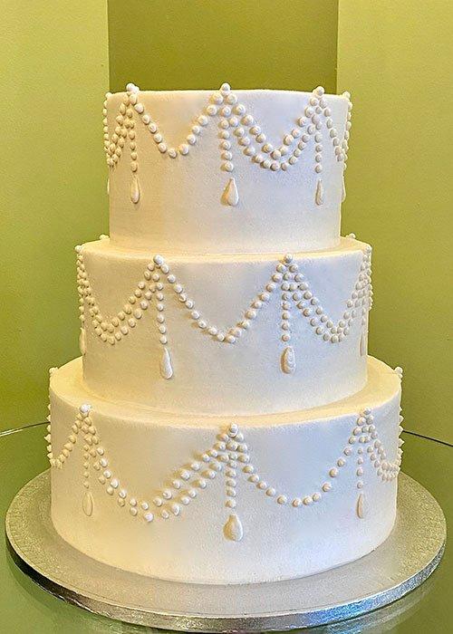 Teardrop Chandelier Wedding Cake