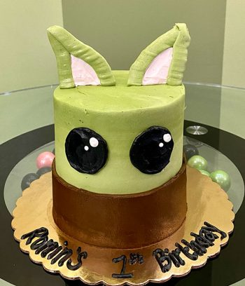 Baby Yoda Layer Cake