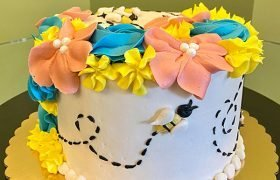 Floral Bee Layer Cake