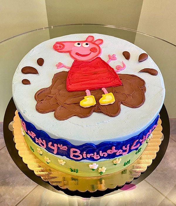 Peppa Pig Layer Cake - Top