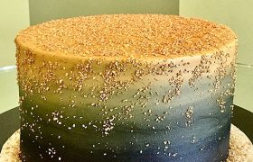 Flat Ombre Glitter Layer Cake - Black & Gold