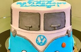 VW Camper Van Layer Cake