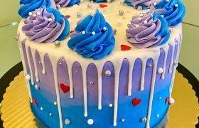 Heart Drip Layer Cake