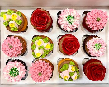 Assorted Flower Cupcakes - Valentine's Day