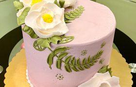 Magnolia Vine Layer Cake