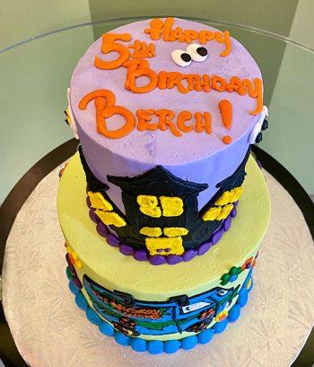 Scooby Doo Tiered Cake - Top