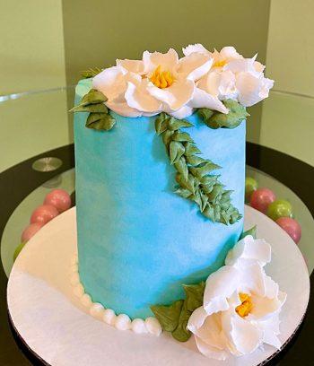 Magnolia Vine Layer Cake - Blue
