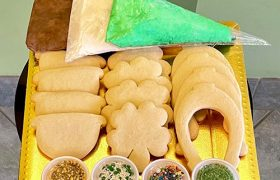 St. Patrick's Day Cookie Decorating Kit