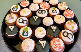 Engagement Cupcake Party Tray