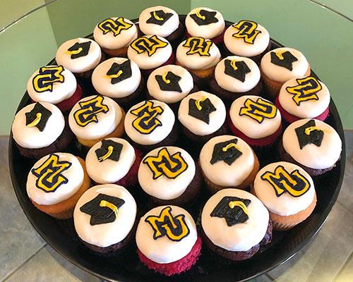 Graduation Cupcake Party Tray - Marquette University